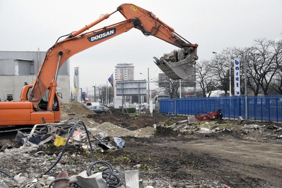 demolition Baret
