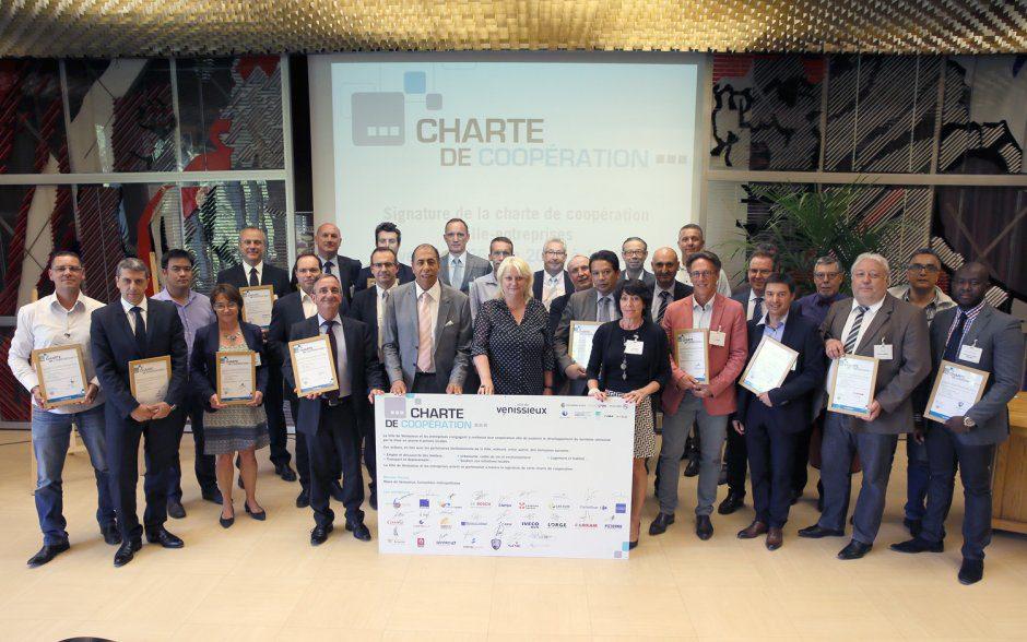 Charte coop. entreprises-ville © Y.Ricard