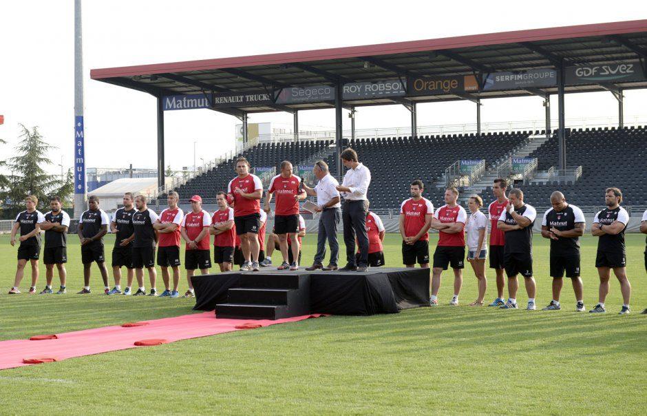 presentation equipe LOU Rugby au Matmut Stadium saison 2015/2016