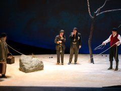 FRANCE-THEATRE-BECKETT-GODOT