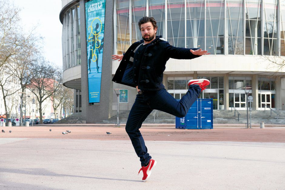 Hafid Sour, danseur, devant la Maison de la danse de Lyon, le 1er mars 2016