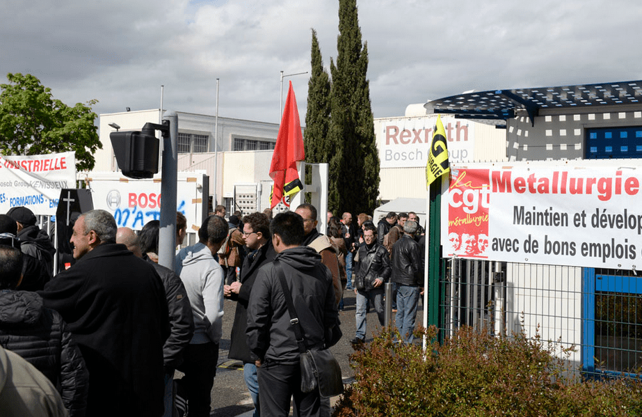 Blocage du site Bosch-Rexroth par l'Intersyndicale.(FO, CGT, CGC) mardi 26 avril