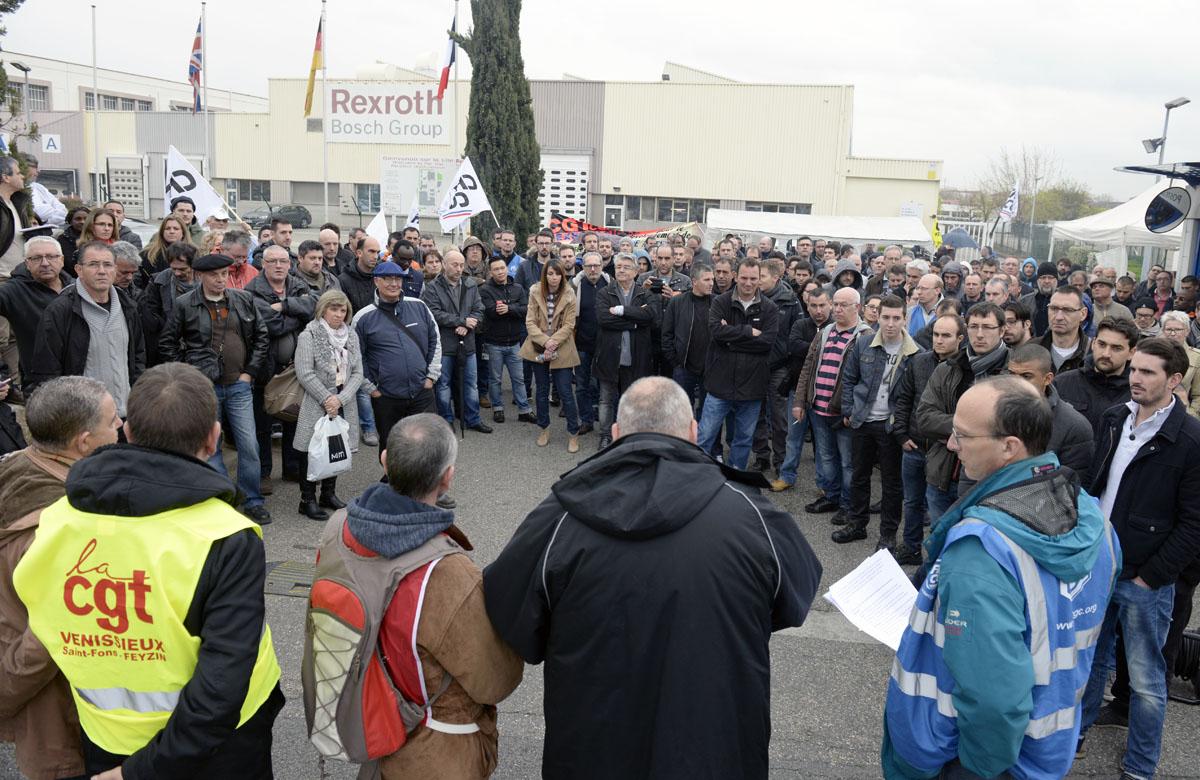 Debrayage, Bosch diesel, Rexroth et Sillia. Mardi 5 avril 2016. ˆ l'appel des syndicats sauf CFDT