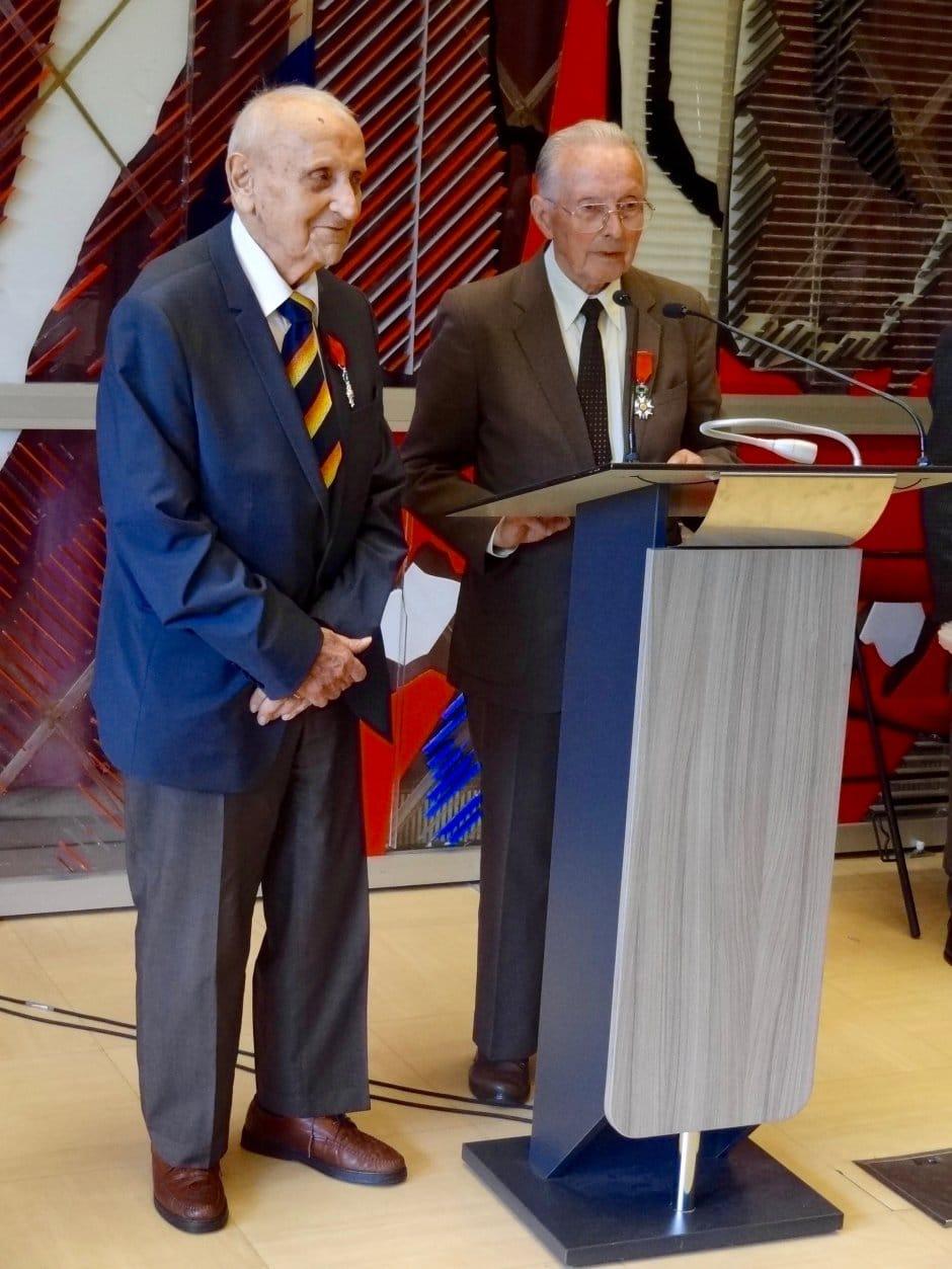 Remise de la médaille de la Légion d'honneur à Roger Gaget, le 28 juin 2016 à l'hôtel de ville de Vénissieux
