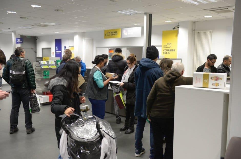 En centre ville un bureau de poste r nov expressions - Bureau de poste venissieux ...
